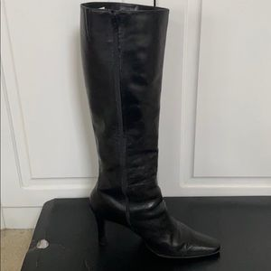 Black Boots with a Heel